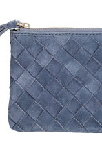 Clutch in pelle scamosciata - Blu-grigio - DONNA | H&M IT 2